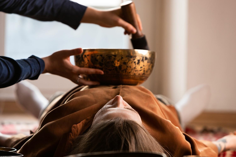 Seance de sonotherapie, massage sonore. Maria Viaud à Nantes, Clisson.